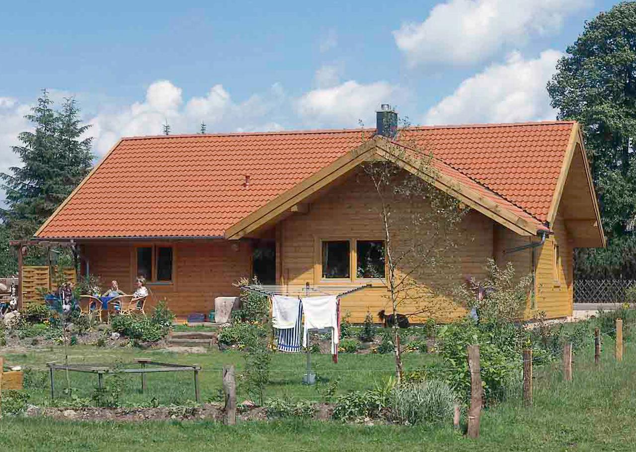 Haus hamburger hallig helios holzh user for Ebenerdiges haus bauen