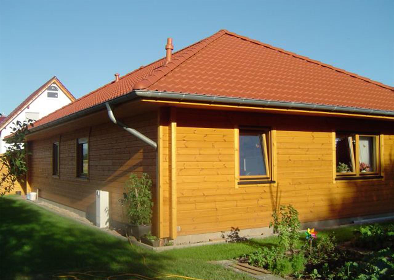 Haus jordsand helios holzh user for Ebenerdiges haus bauen